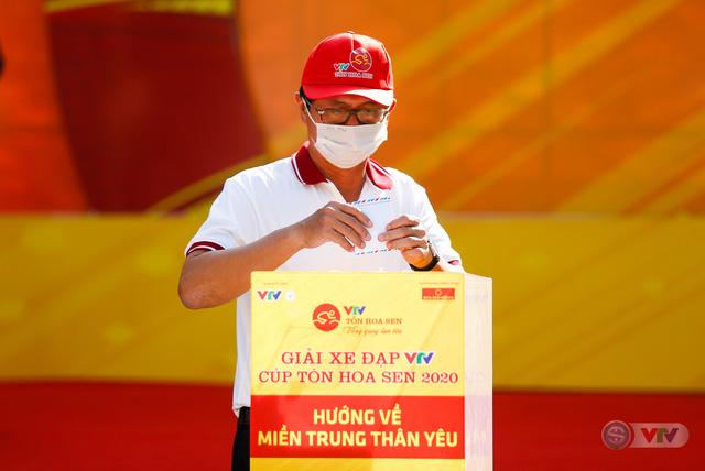 Giải xe đạp VTV Cúp Tôn Hoa Sen 2020 chung tay Hướng về miền Trung thân yêu - Ảnh 2.