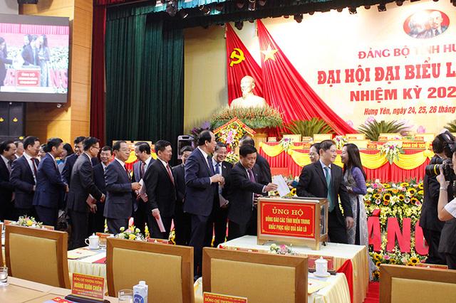 Khai mạc Đại hội Đại biểu Đảng bộ tỉnh Hưng Yên lần thứ 19 - Ảnh 2.