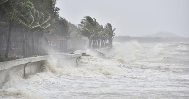 Bão số 9 mạnh tương đương bão Damrey, gây ảnh hưởng lớn ở Trung và Nam Trung Bộ - Ảnh 1.