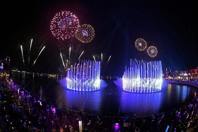 Mở rộng tầm mắt với công trình nhạc nước lớn nhất thế giới tại Dubai - Ảnh 1.