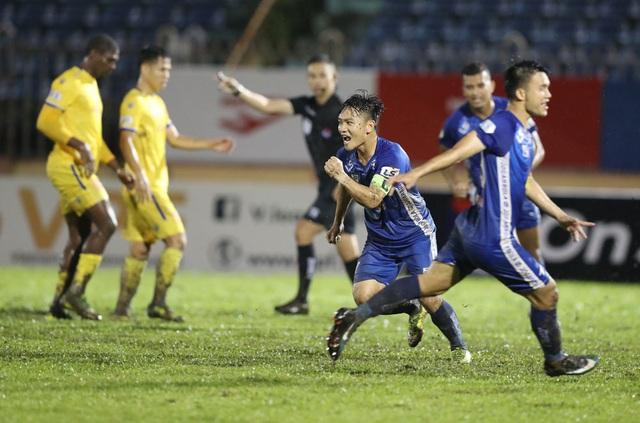 Lịch thi đấu V.League 2020 hôm nay (25/10): CLB Quảng Nam nuôi hy vọng, CLB Viettel đòi lại ngôi đầu - Ảnh 3.