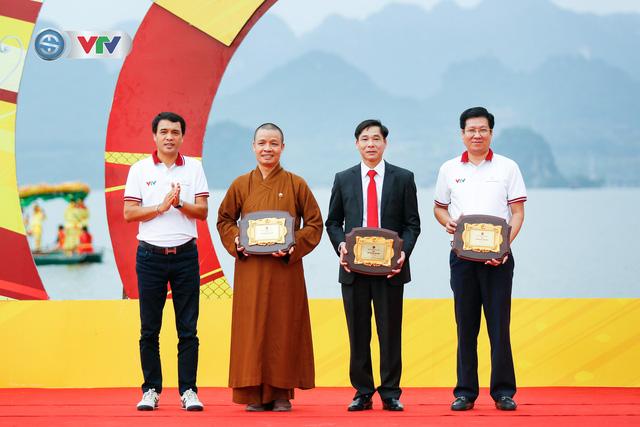 ẢNH: Những khoảnh khắc ấn tượng chặng 2 Giải xe đạp VTV Cúp Tôn Hoa Sen 2020 - Ảnh 3.