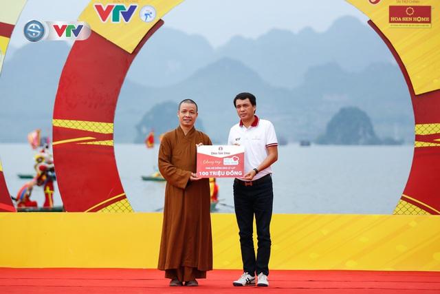 ẢNH: Những khoảnh khắc ấn tượng chặng 2 Giải xe đạp VTV Cúp Tôn Hoa Sen 2020 - Ảnh 5.