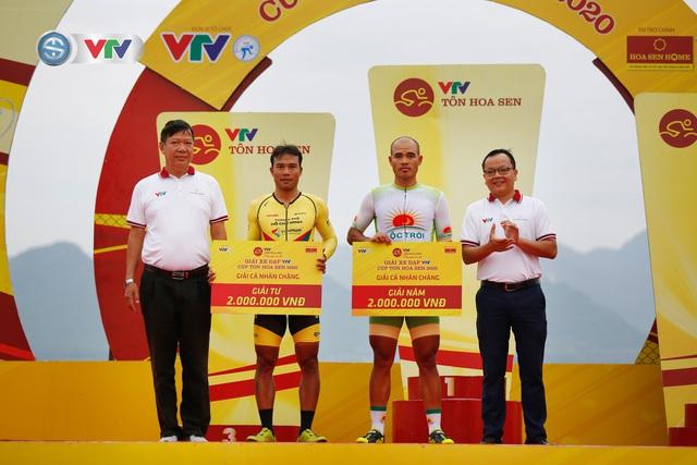 ẢNH: Những khoảnh khắc ấn tượng chặng 2 Giải xe đạp VTV Cúp Tôn Hoa Sen 2020 - Ảnh 15.