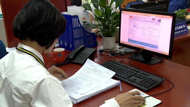 Hà Nội trở thành đơn vị đầu tiên có gần 100% doanh nghiệp đăng ký sử dụng hóa đơn điện tử - Ảnh 1.
