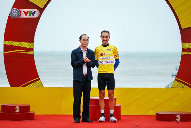 ẢNH: Những khoảnh khắc ấn tượng chặng 3 Giải xe đạp VTV Cúp Tôn Hoa Sen 2020 - Ảnh 16.