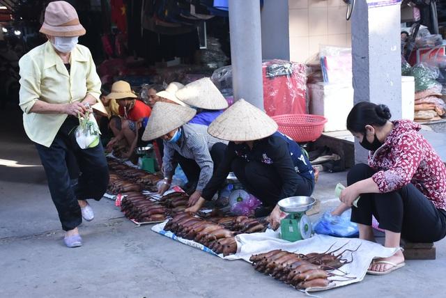 Làng bắt chuột Hải Dương vào mùa đắt hàng - Ảnh 14.