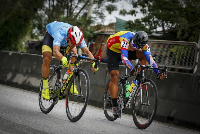 ẢNH: Những khoảnh khắc ấn tượng chặng 4 Giải xe đạp VTV Cúp Tôn Hoa Sen 2020 - Ảnh 5.