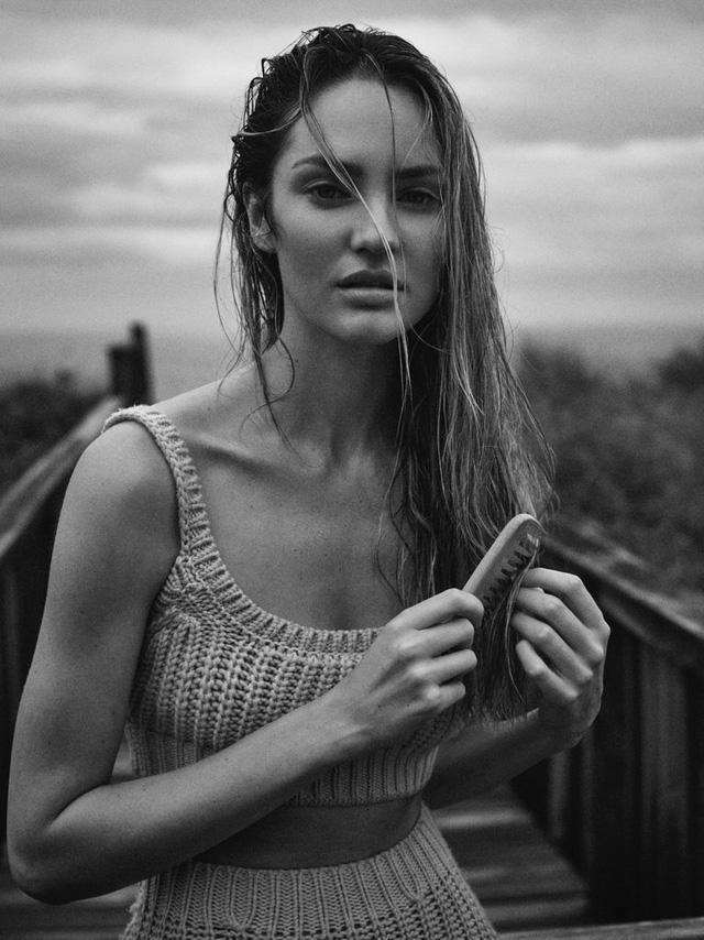 Candice Swanepoel ngọt ngào và mướt mát - Ảnh 7.