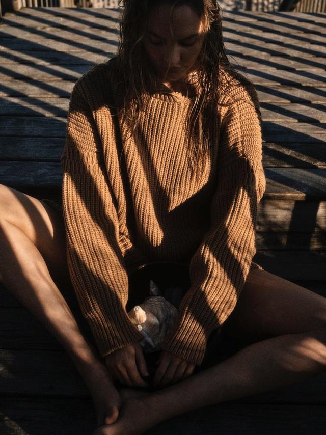 Candice Swanepoel ngọt ngào và mướt mát - Ảnh 10.