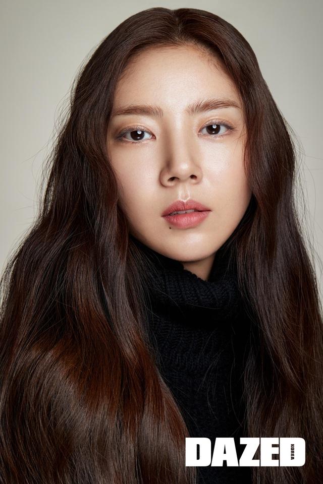 Son Dam Bi tự nhận yêu kiều hơn ở độ tuổi 37 - Ảnh 2.