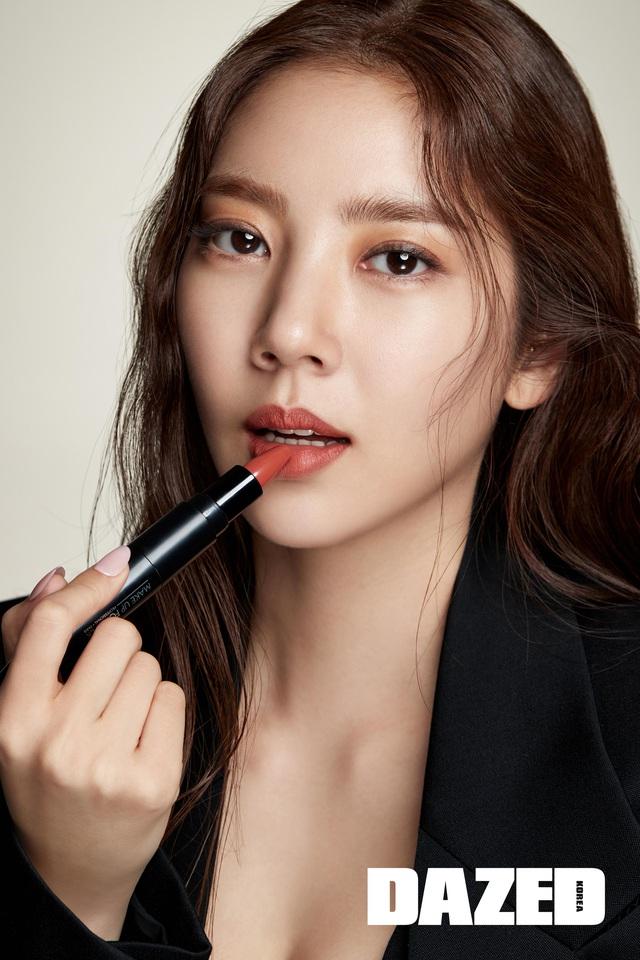 Son Dam Bi tự nhận yêu kiều hơn ở độ tuổi 37 - Ảnh 3.
