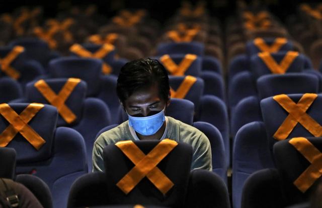 Hơn 44,1 triệu người mắc COVID-19 trên thế giới, số ca nhiễm tại Mỹ vượt mốc 9 triệu - Ảnh 3.