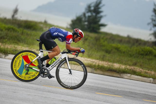ẢNH: Những khoảnh khắc ấn tượng chặng 5 Giải xe đạp VTV Cúp Tôn Hoa Sen 2020 - Ảnh 5.