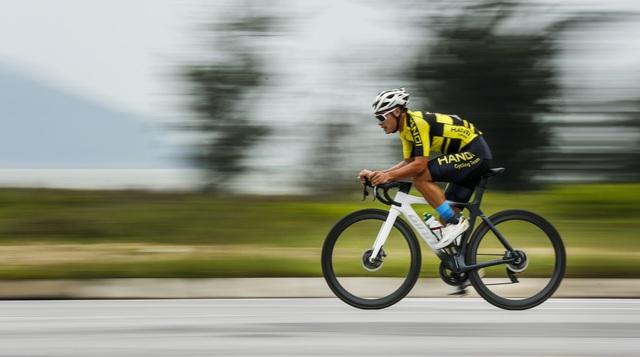 ẢNH: Những khoảnh khắc ấn tượng chặng 5 Giải xe đạp VTV Cúp Tôn Hoa Sen 2020 - Ảnh 4.