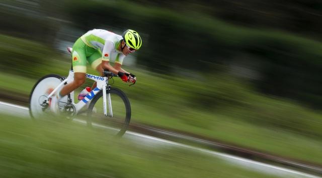 ẢNH: Những khoảnh khắc ấn tượng chặng 5 Giải xe đạp VTV Cúp Tôn Hoa Sen 2020 - Ảnh 6.