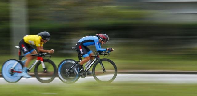 ẢNH: Những khoảnh khắc ấn tượng chặng 5 Giải xe đạp VTV Cúp Tôn Hoa Sen 2020 - Ảnh 10.