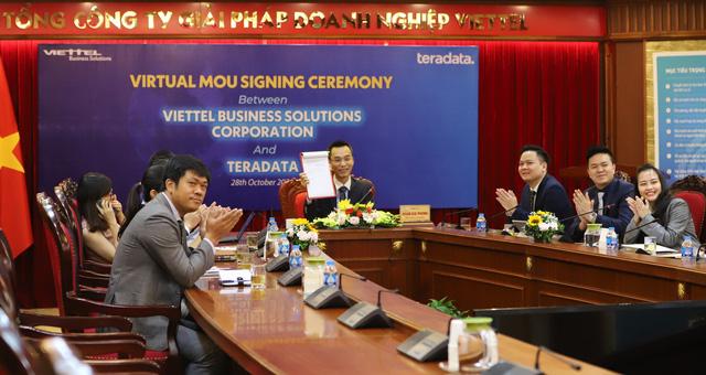 Hợp tác thúc đẩy quá trình chuyển đổi số tại Việt Nam - Ảnh 1.