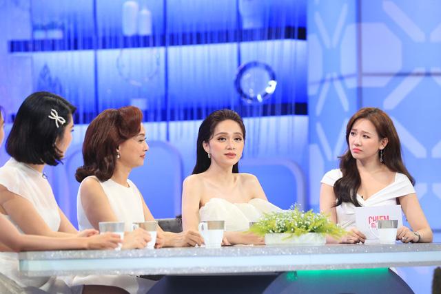 Đi hẹn hò với bạn trai, Hương Giang đơ vì bố gọi tên khi chưa chuyển giới - Ảnh 2.