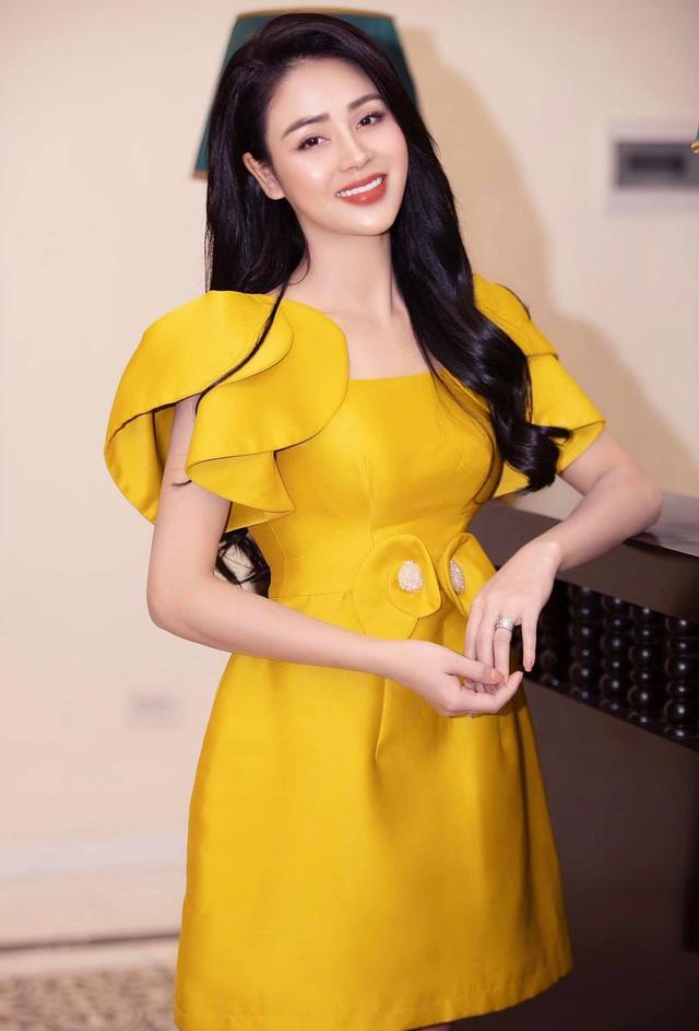 Diễn viê.n Lư.ơ.ng Thu Trang: Tô.i yê.u phong cá.ch bá.nh bèo - Ảnh 1.