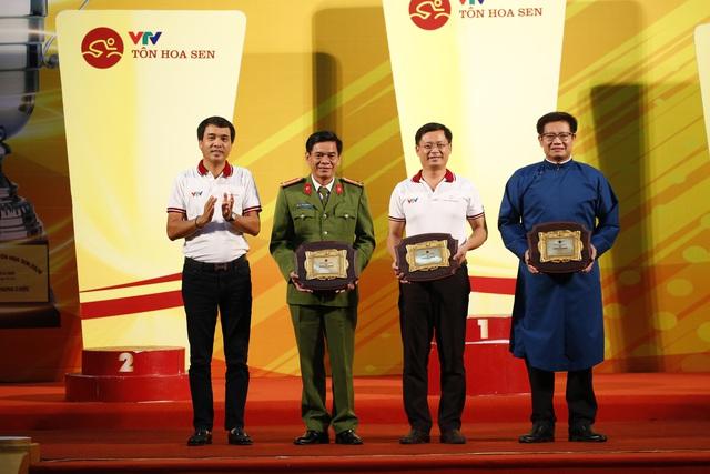 Những hoạt động ý nghĩa của giải xe đạp VTV Cúp Tôn Hoa Sen 2020 - Ảnh 1.