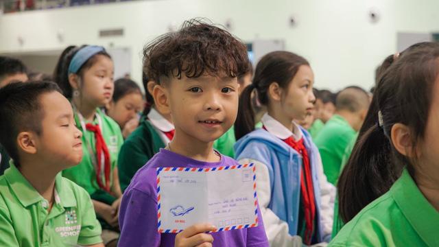 Trường Song ngữ Liên cấp Greenfield (KĐT Ecopark) đồng hành cùng Quỹ Tấm lòng Việt ủng hộ miền Trung - Ảnh 4.