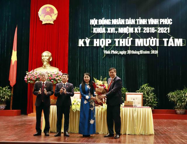 Bà Hoàng Thị Thúy Lan được bầu làm Chủ tịch HĐND tỉnh Vĩnh Phúc - Ảnh 1.