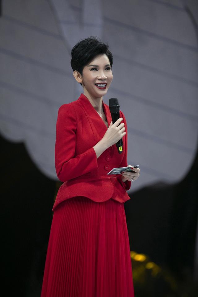Lan Khuê., Khá.nh Vâ.n mở mà.n ấ.n tư.ợ.ng tạ.i Vietnam Runway Fashion Week - Ảnh 11.