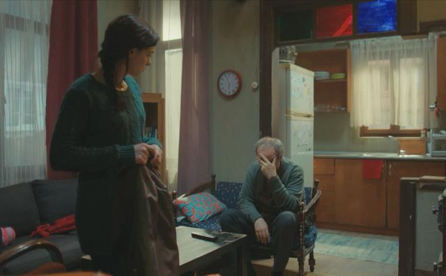 Trái tim phụ nữ: Thuê người đóng giả bác sĩ tâm lý, Sirin nhận cái kết đắng lòng - Ảnh 2.