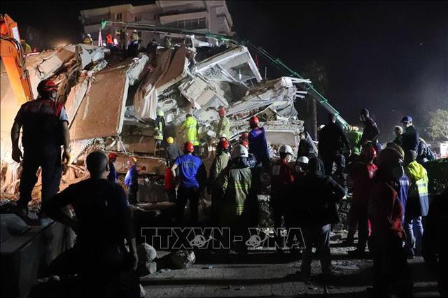 Động đất tại Thổ Nhĩ Kỳ và Hy Lạp: Thêm nhiều nạn nhân thương vong - Ảnh 2.