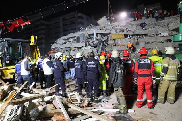 Động đất tại Thổ Nhĩ Kỳ và Hy Lạp: Thêm nhiều nạn nhân thương vong - Ảnh 1.