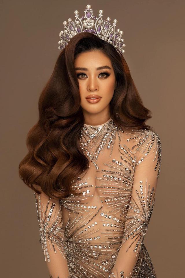 Hoa hậu Khánh Vân - nàng thơ show diễn mới của Xuân Lan - Ảnh 2.