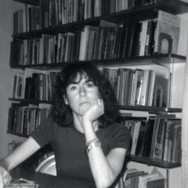 Chủ nhân Nobel Văn học 2020 Louise Gluck - Nhà thơ của sự cô đơn - Ảnh 1.