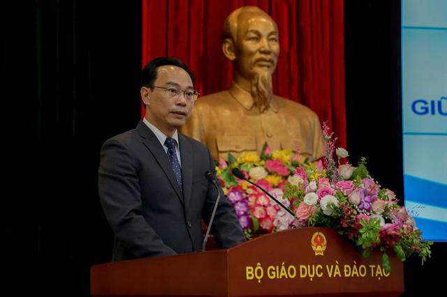 Công bố quyết định bổ nhiệm Thứ trưởng Bộ Giáo dục và Đào tạo Hoàng Minh Sơn - Ảnh 2.