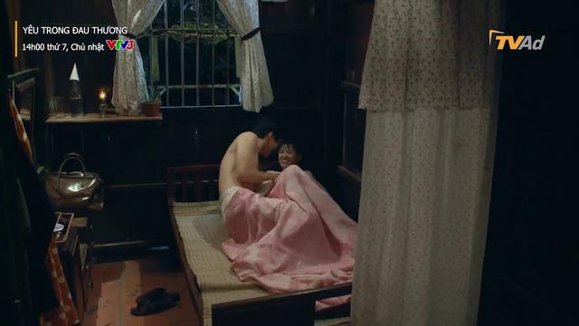 Yêu trong đau thương - Tập 21: Hương Thảo chết lặng thấy áo ngực của tiểu tam trên giường nhà - Ảnh 2.