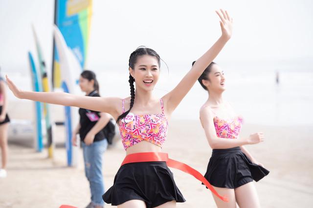 Thí sinh Hoa hậu Việt Nam 2020 sở hữu 10 huy chương bơi lội - Ảnh 5.