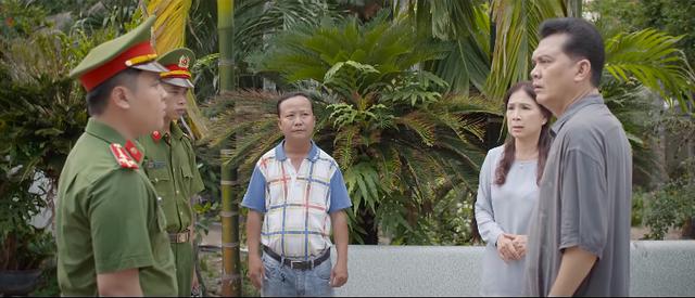 Trói buộc yêu thương - Tập 23: Ông Phong bị công an triệu tập, bà Lan ngỡ ngàng phát hiện có kẻ đâm sau lưng - Ảnh 3.