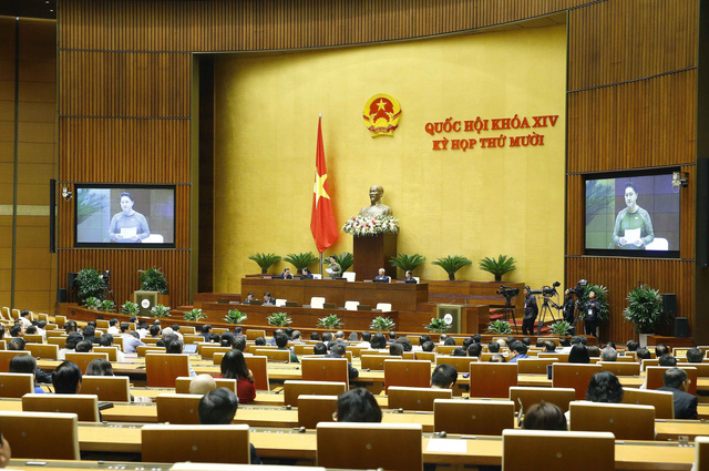 Chủ tịch Quốc hội: Phiên chất vấn diễn ra dân chủ, thẳng thắn, tranh luận sôi nổi - Ảnh 2.
