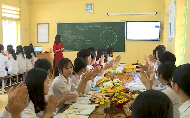 Giáo viên Việt Nam đầu tiên lọt top 10 giáo viên toàn cầu - Ảnh 1.