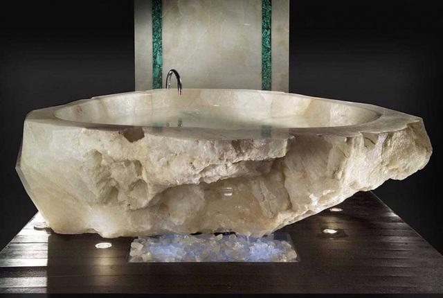 Những chiếc bồn tắm siêu đắt đỏ chỉ có trong dinh thự của các tỷ phú - Ảnh 3.