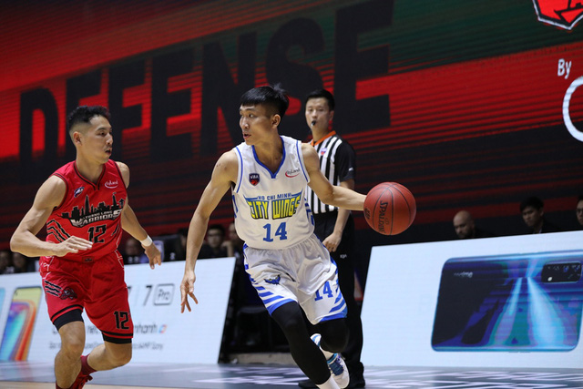 VBA 2020 - Game 35: Thang Long Warriors sớm giành vé dự Playoffs - Ảnh 1.