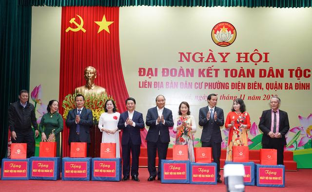 Thủ tướng Nguyễn Xuân Phúc: Thịnh vượng và phát triển – Quyết chí ắt làm nên - Ảnh 3.