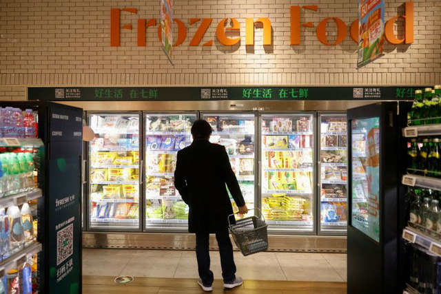Trung Quốc dừng bán thực phẩm đông lạnh tại 2 chợ dân sinh - Ảnh 1.