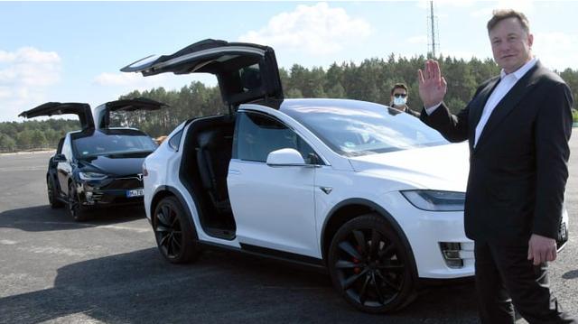 Cổ phiếu Tesla được đưa vào chỉ số S&P 500 - Ảnh 1.