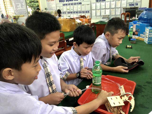 Nỗ lực mang giáo dục STEM đến học sinh tiểu học tỉnh An Giang - Ảnh 1.
