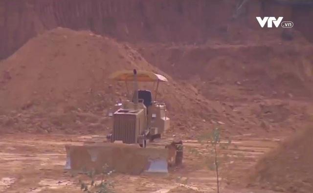 Tình trạng thu gom đất lâm nghiệp, san ủi mở đường tại Lâm Đồng - Ảnh 1.