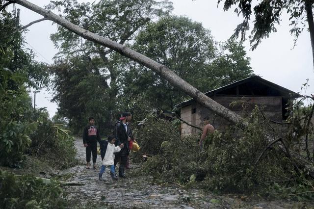 Bão Iota đổ bộ gây lũ lụt và lở đất nghiêm trọng tại Trung Mỹ, hơn 30 người thiệt mạng - Ảnh 3.
