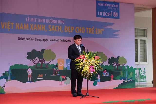 Hưởng ứng ngày trẻ em thế giới (20/11) với chủ đề 'Vì một Việt Nam xanh, sạch đẹp cho trẻ em' - Ảnh 1.
