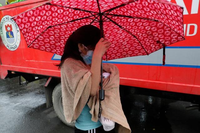 Hình ảnh Phillipines đổ nát, tan hoang do siêu bão mạnh nhất thế giới Goni - Ảnh 5.