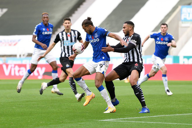 Newcastle 2-1 Everton: Everton thua trận thứ 2 liên tiếp - Ảnh 1.